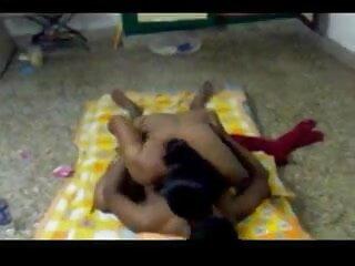 मोज़ा में वेश्या डबल creampie हो जाता है एचडी बीएफ सेक्सी मूवी