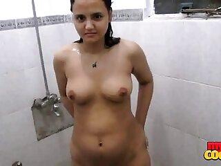 मेलिसा के सेक्सी पिक्चर वीडियो एचडी मूवी लिए आउटडोर गैंगबैंग