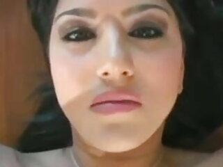 लेस्बो सेक्सी फुल मूवी एचडी में चुदाई सोइरी